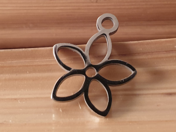 charm lotus 11mm, stainless steel