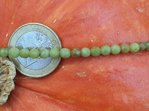 nephrite jade necklace faceted 4mm