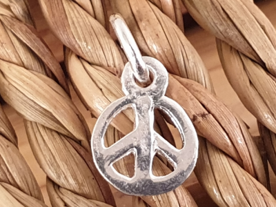 Charm Peace 9mm, Silber