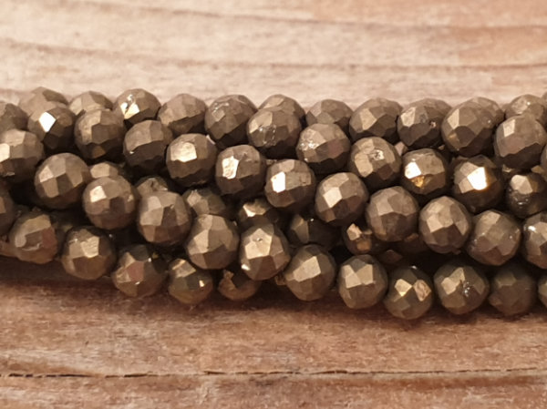 pyrite necklace faceted 2mm