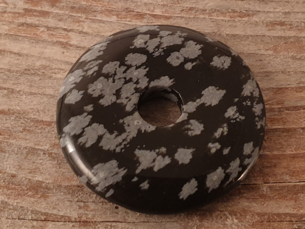 snowflake obsidian donut 30mm