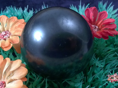 schungite sphere 49mm