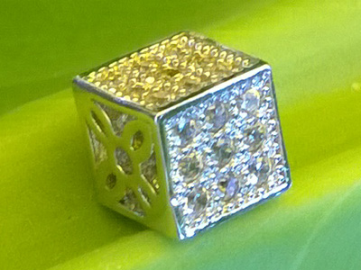 finding rhinestone 6x6x6mm, metal silver